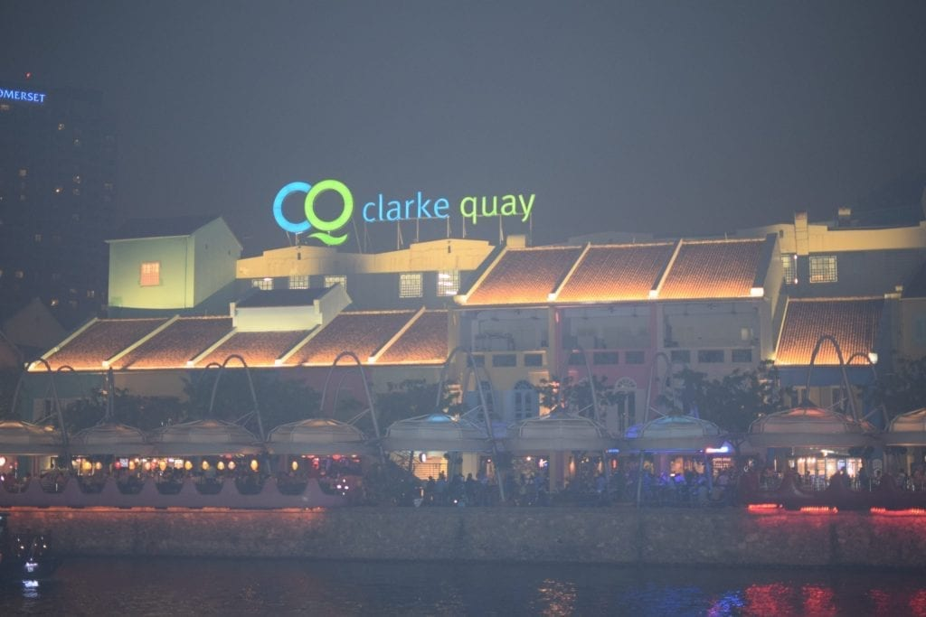 Clarke Quay at night becomes vibrant with resturants.