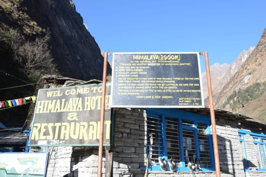 Himalayan hotel at 2900 meter altitude is a popular place for overnight stay amongst tourists