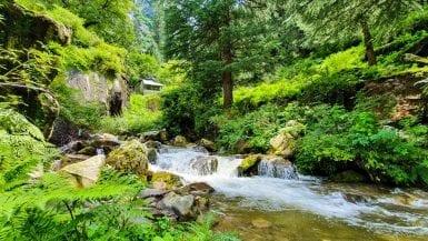 Jogini Waterfalls in Manali