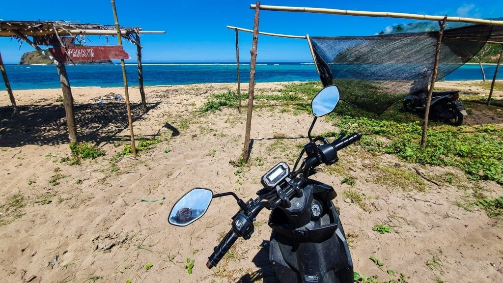 Renting a motorbike in Lombok is the best way to travel