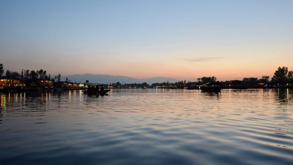 Dal Lake - Places to visit in Kashmir