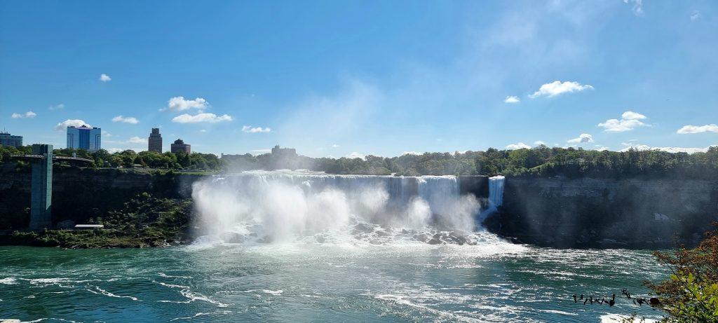 Bridal veil in Niagara falls