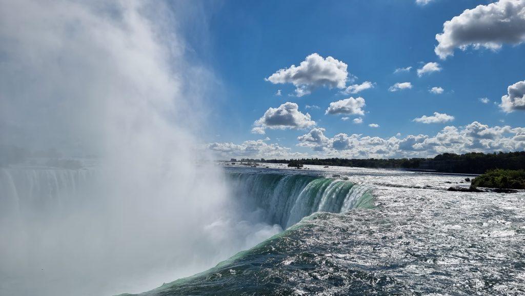 Horseshoe falls in Canada
